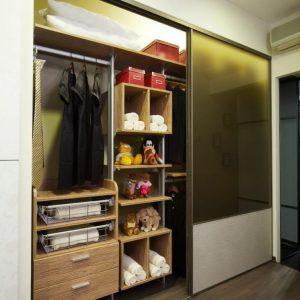 Built in closet 11